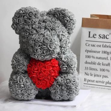 Medvedek iz penastih vrtnic, sive barve z rdečim srčkom, 40 cm
