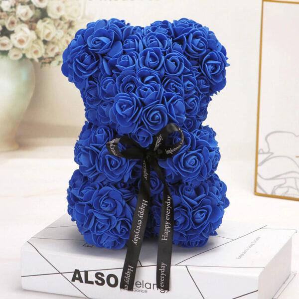Medvedek iz penastih vrtnic modre barve, 25 cm