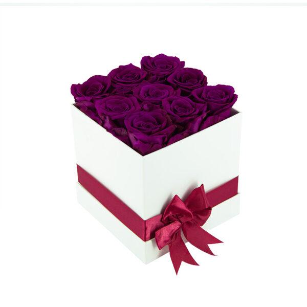 Dologotrajni Šopek iz 9 Vijoličnih Vrtnic v Beli Škatlici