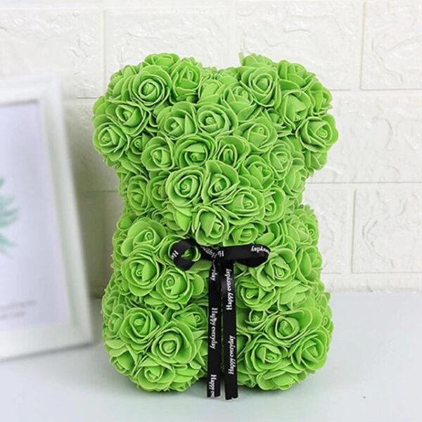 Medvedek iz penastih vrtnic zelene barve, 25 cm