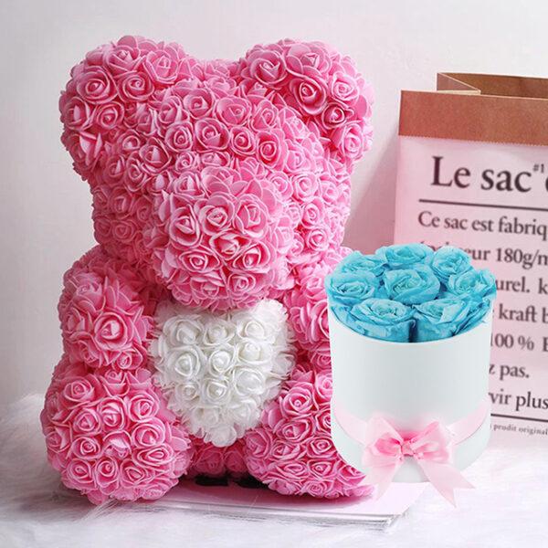 Medvedek iz Vrtnic (40cm) in Dologotrajni Šopek iz 8 Svetlo Modrih Vrtnic v Beli Škatlici