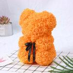 Medvedek iz penastih vrtnic oranžne barve, 25 cm
