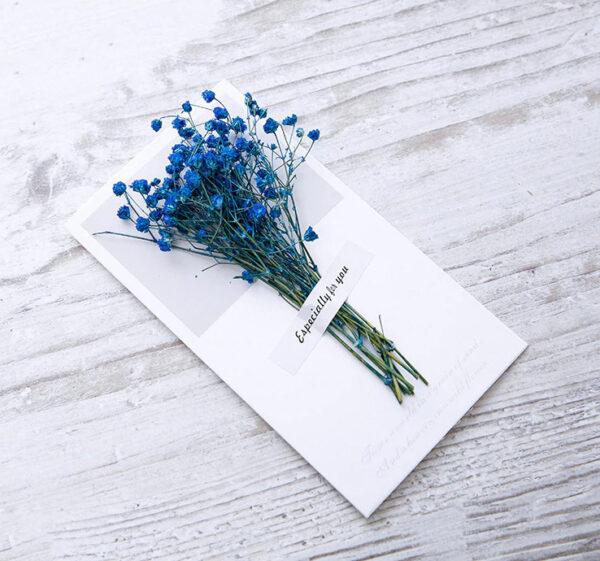 Čestitka-s-Šopkom-iz-Pravih-Rož-Modre-Barve