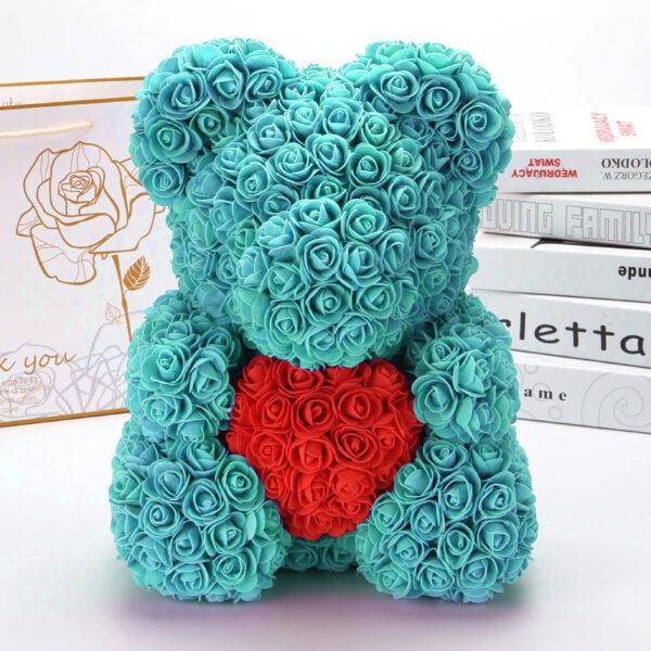 Medvedek-iz-vrtnic-meta-barve-z-rdečim-srčkom-40cm